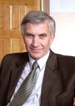 27 апреля – 70 лет со дня рождения Николая Романовича Левченко (1947), врача, поэта, художника, члена Союза писателей России