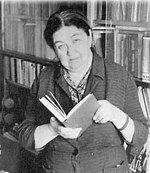 17 мая — 105 лет со дня рождения русской писательницы, литературоведа Евгении Александровны Таратуты (1912-2005)