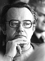 3 сентября – 90 лет со дня рождения А.М.Адамовича (Алесь Адамович) (1927-1994), белорусского писателя.