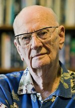 16 декабря – 100 лет со дня рождения Артура Кларка (1917-2008), английского писателя.