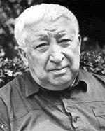 8 сентября – 95 лет со дня рождения Расула Гамзатовича Гамзатова (1923-2003), аварского поэта, народного поэта Дагестана.