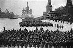 7 ноября – День проведения военного парада на Красной площади в городе Москве в ознаменование двадцать четвертой годовщины Великой Октябрьской социалистической революции (1941 год).