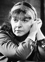 7 октября – 85 лет со дня рождения Новеллы Николаевны Матвеевой (1934-2016), русской поэтессы, барда