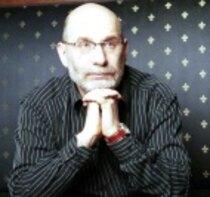 20 мая — 65 лет со дня рождения российского писателяГригория Шалвовича Чхартишвили — Бориса Акунина (1956)