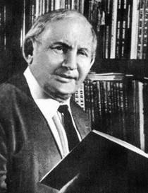 14 июня —130 летсо дня рождения русского детского писателяАлександра Мелентьевича Волкова(1891-1977)