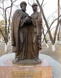 3 июня — 10 лет со дня открытия памятника Святым Петру и Февронии в Благовещенске (2011)